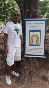 Douglas Rufino, de 60 anos, estuda a Cultura Racional desde 1975 (Foto: Rosayne Macedo)