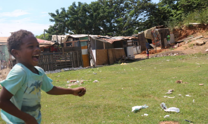 Jardim Gramacho vista por pequenos moradores