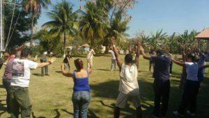 Equipe Saúde Plena promove atividades saudáveis ao ar livre (Foto: Divulgação)